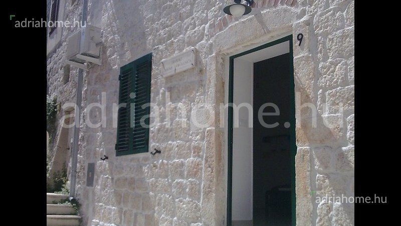 Rab - Sale! Studio apartment in the old part of the town