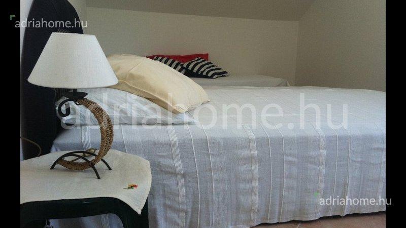 Stara Novalja – Árzuhanás! Exkluzív apartman a tenger mellett