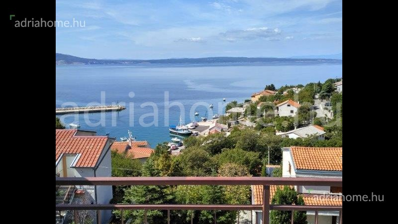 Klenovica – Apartment with sea-view for sale