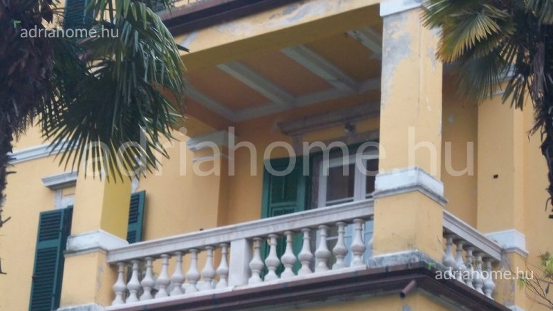 OPATIJA - gentlemanly apartment in a villa 50 m from the sea