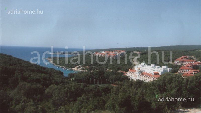 Duga Uvala – Three building plots close to Pula