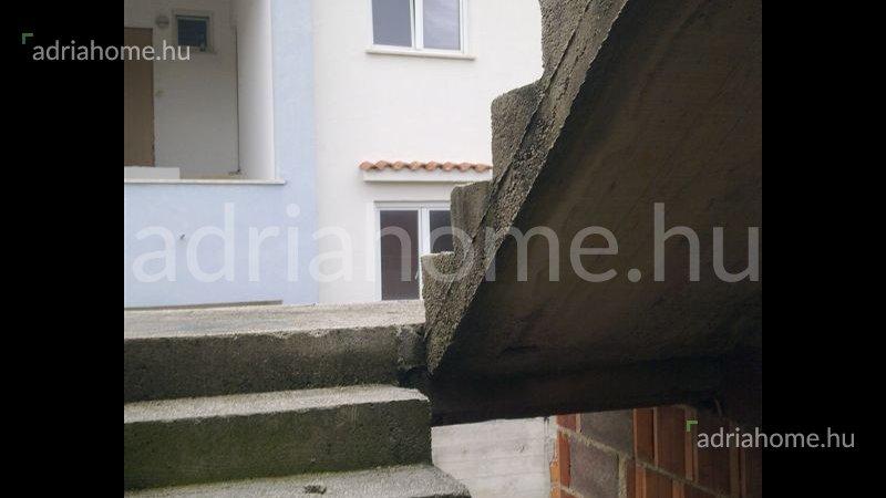 Duga Uvala – Apartman-ház Pula közelében
