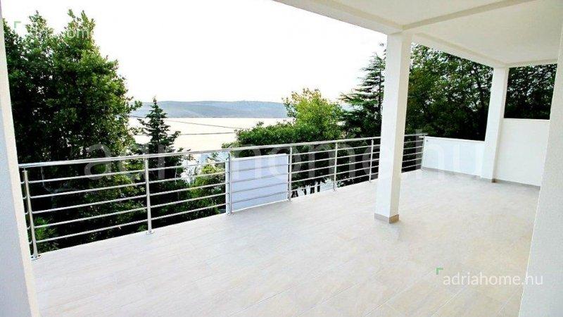 Jadranovo – Tágas apartman 50 méterre a tengertől