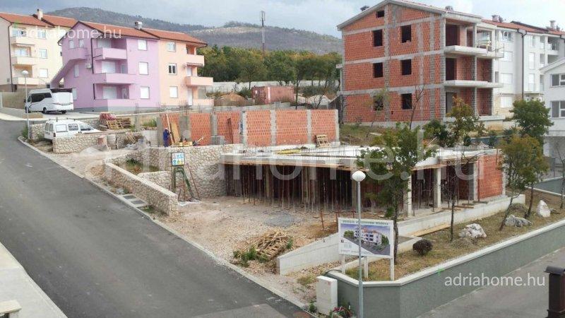 Crikvenica - Most épülő ikerház, lakásokkal és üzlethelyiségekkel