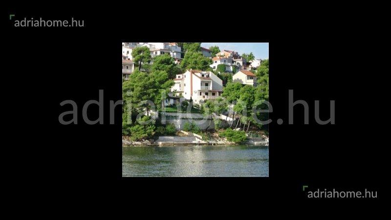 Čiovo – Építési telek második sorban a tengertől