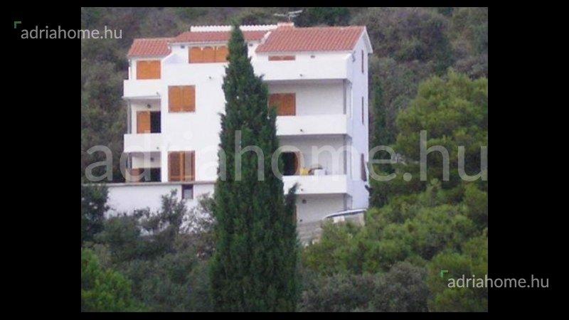 Sevid – Óriási árzuhanás! Apartmanház közel a strandhoz