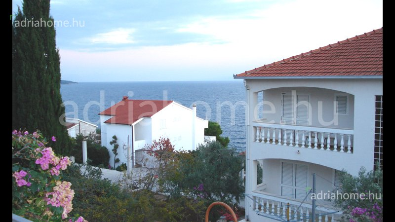 Čiovo - 6 apartmanos ház kilátással a tengerre