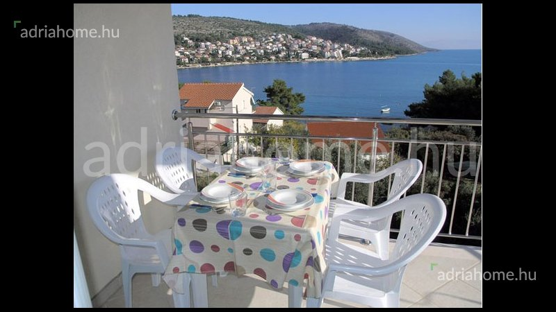 Čiovo - Excellent 6 apartments with sea-view, very well rented