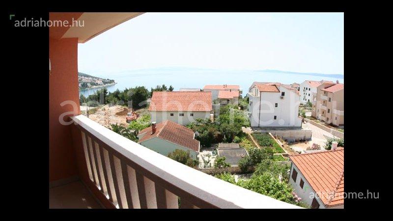 Čiovo - Csúcsminőségű, panorámás apartman a sziget déli oldalán