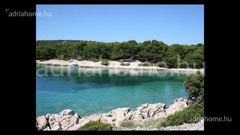 Kožino – Eladó panorámás apartman Zadar közelében