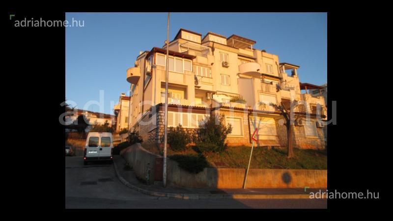 Selce – Kétszobás lakás 20 méterre a strandtól