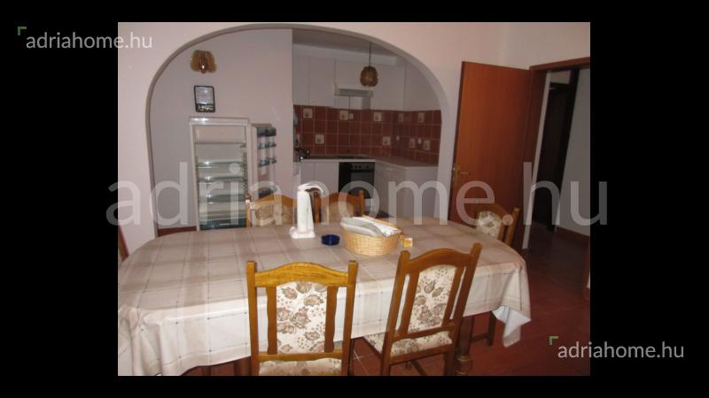 Crikvenica – Tágas, bútorozott földszinti lakás
