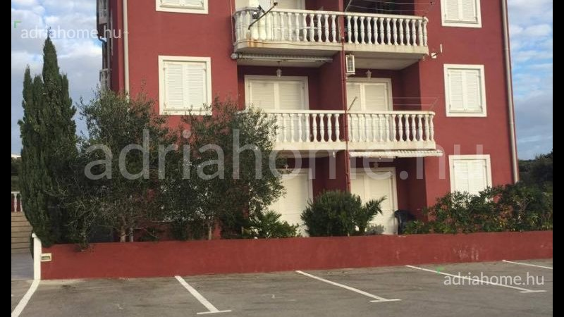 Mandre - Sale! Beautiful, double-room apartment close to beach