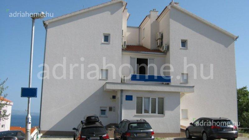 Čiovo – Kitűnő elosztásu, bútorozott apartman Bušinci településen