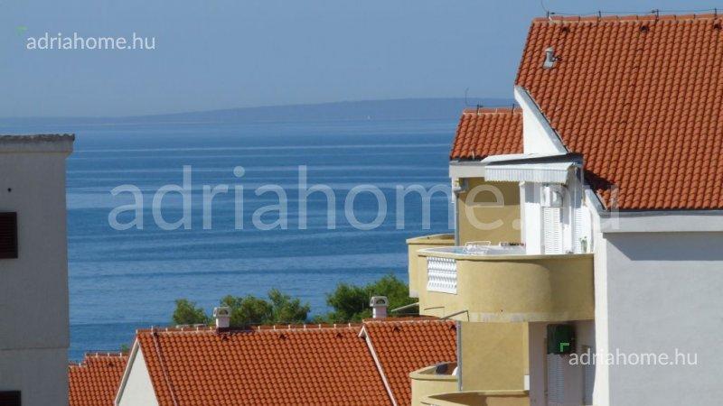 Novalja – Sale! Excellent arrangement double room apartment with sea view