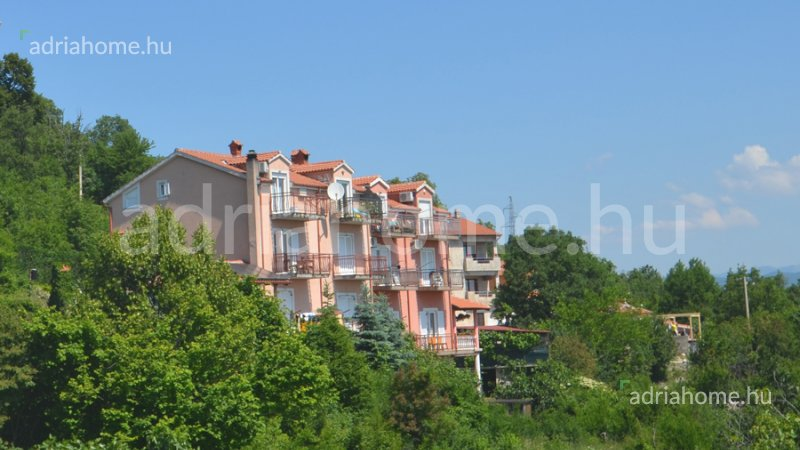Opatija – Apartement in quiet location with unobstructable view