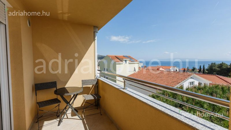 Čiovo – Two furnished triple room luxury apartments