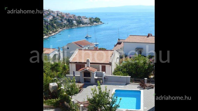 Čiovo – Gyönyörű, minőségi apartmanok nagy kerttel, kilátással a tengerre