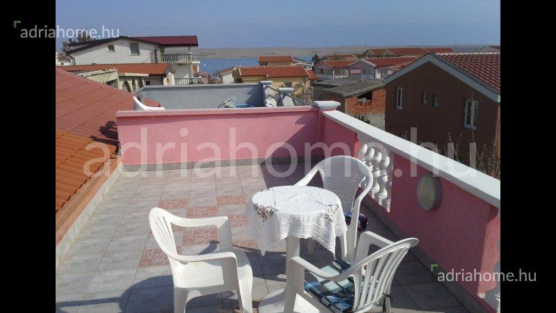 Zadar környéke – Gyönyörű családi ház a strand közelében