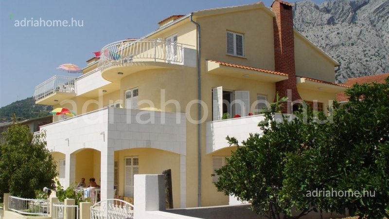 Pelješac – Beautiful villa vith apartments close to the sea