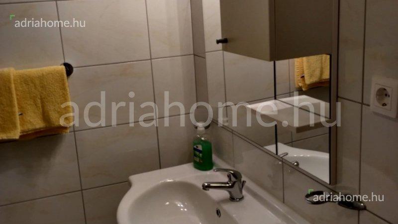 Crikvenica – Földszinti másfélszobás apartman kilátással tengerre