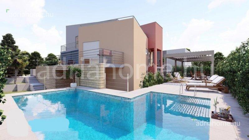 Zadar - Modern, háromszintes családi ház medencével