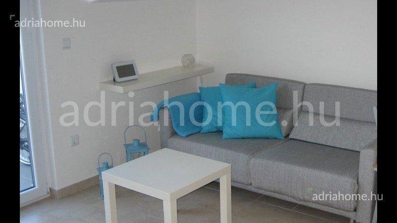 Čiovo - Két kisméretű apartman kilátással a tengerre