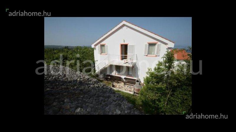 Malinska – Apartmanska zgrada namijenjena za izdavanje turistima