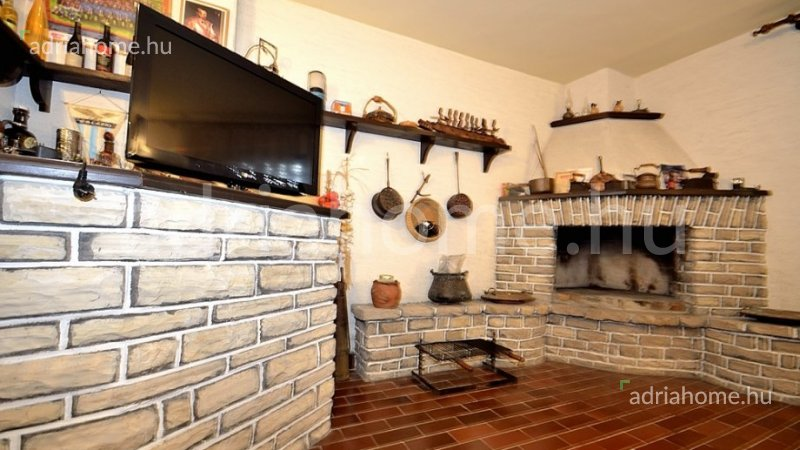 Rogoznica - Panorámás, 10 hálószobás családi ház
