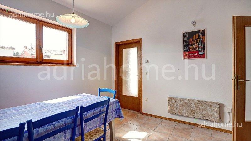 Rovinj – Háromszobás lakás tágas terasszal