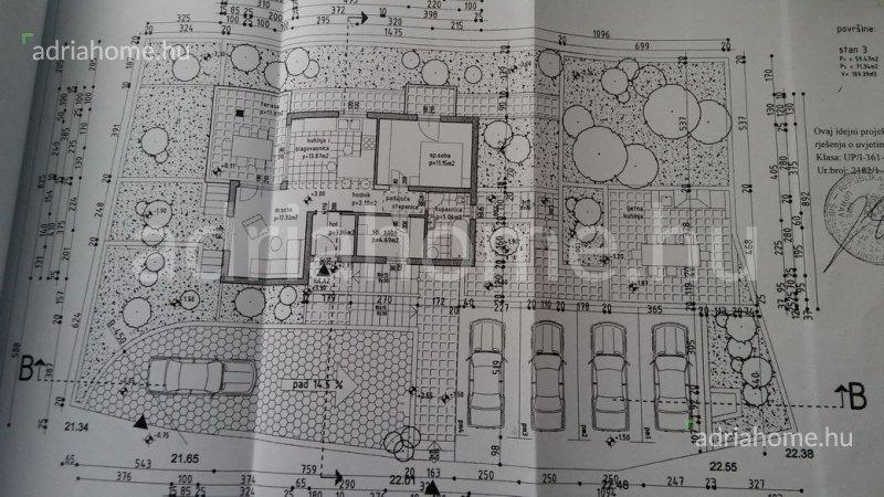 Rogoznica – Új építésű, háromapartmanos ház