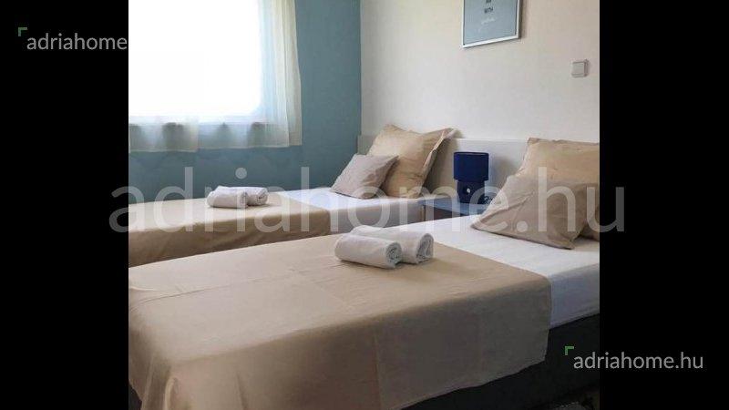 Čiovo – Felújított, bútorozott apartman