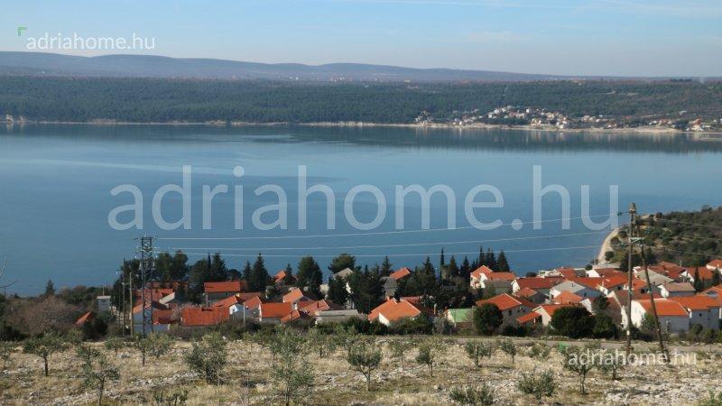 Karin Gornji – Kétszintes családi ház a Karini tengeren