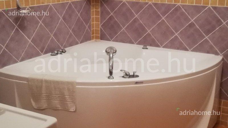 Čiovo – Kéthálószobás, panorámás apartman tágas terasszal