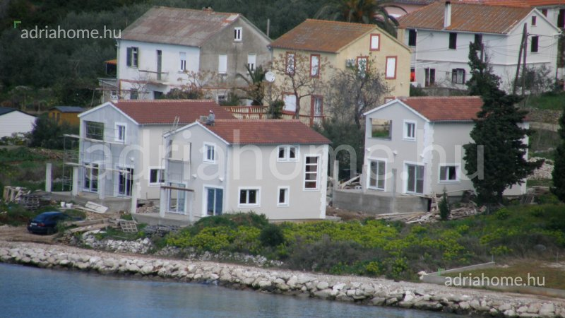 Soline - Obiteljska kuća roh-bau, drugi red od mora