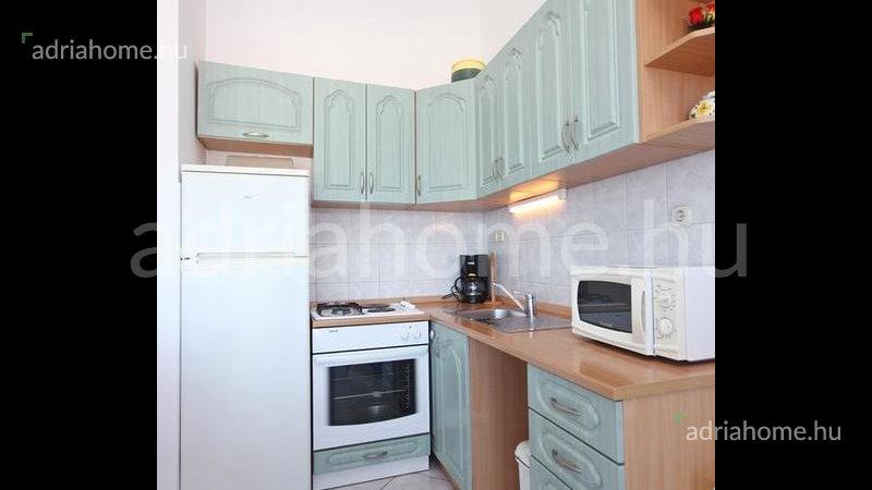 Čiovo - Apartmanház 100 méterre a tengertől