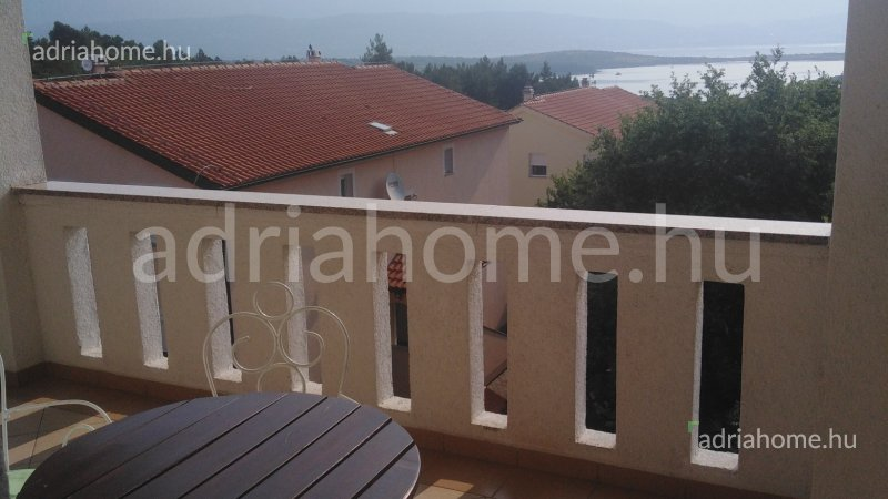Čižići – Sale! Spacious apartment with sea-view