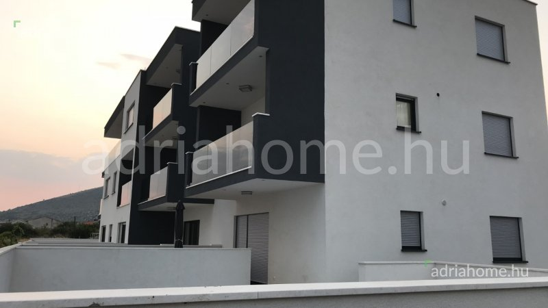 Seget – Másfélszobás apartman Trogir közelében