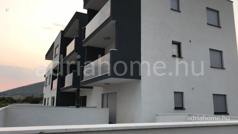 Seget – Apartman nedaleko Trogira