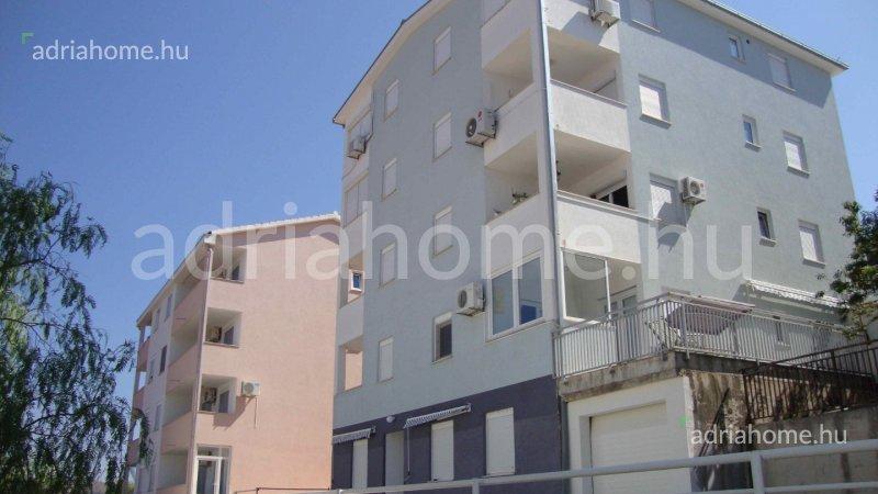 Čiovo - Kéthálószobás apartman 90 méterre a tengertől