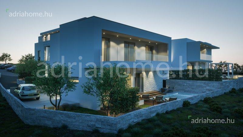 Šibeniki Riviéra – Új építésű villa 2. sorban a tengertől