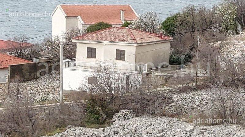Barić Draga – Családi ház kilátással a tengerre Karlobag közelében