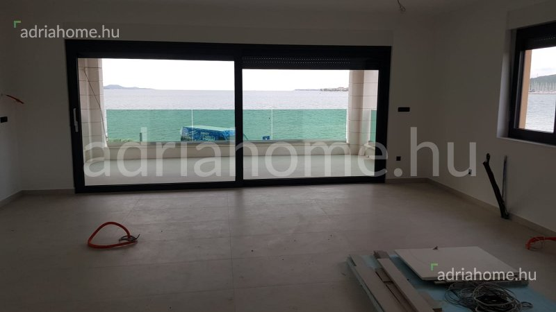 Zadar – Novi apartman u prvom redu do mora