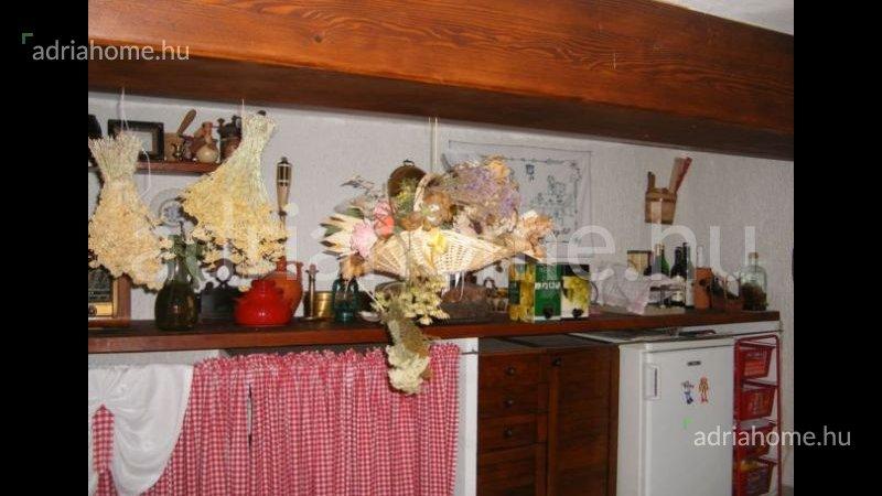 Prizna –  Óriási árzuhanás! Apartman-ház fantasztikus panorámával a tengerre