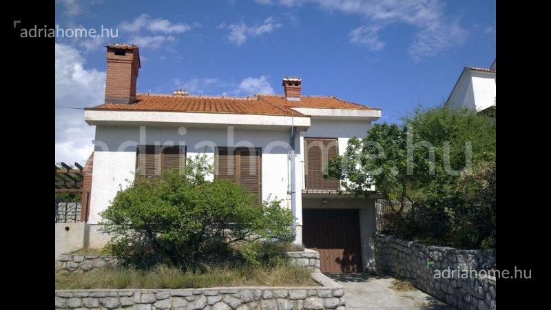 Klenovica – Akció! Szép családi ház karnyújtásnyira a tengertől