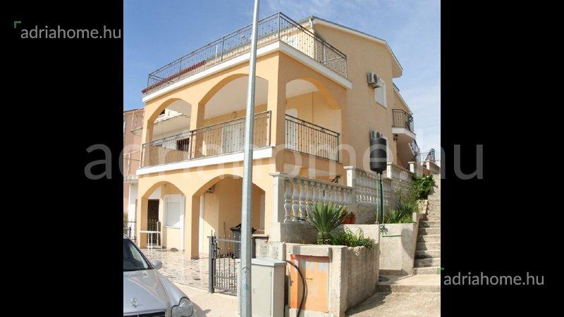 Sveti Petar – Ötapartmanos ház kilátással a tengerre
